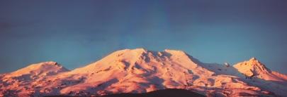 snowy-sunset-mountain