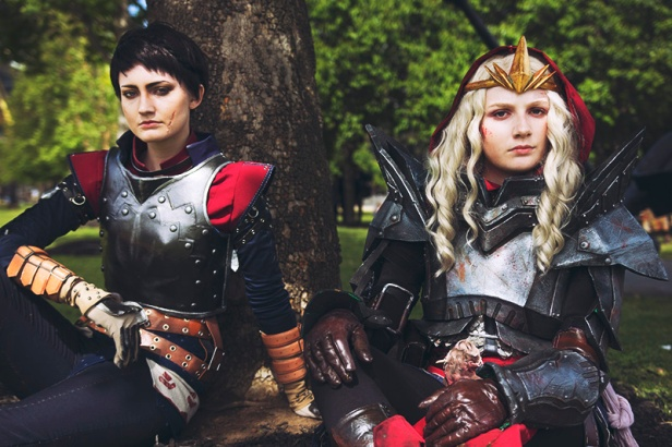 dragon-age-inquisition-cassandra-meredith-cosplay